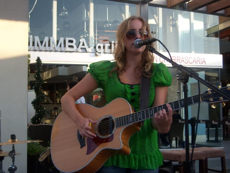 Lelia Broussard Live