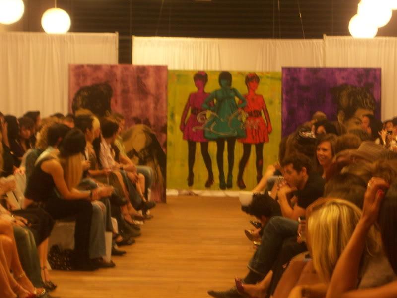 Li Cari Fashion Show