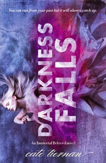 Darkness Falls (Immortal Beloved #2) by Cate Tiernan